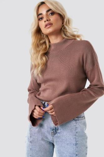 NA-KD High Neck Wide Sleeve sweater - Pink