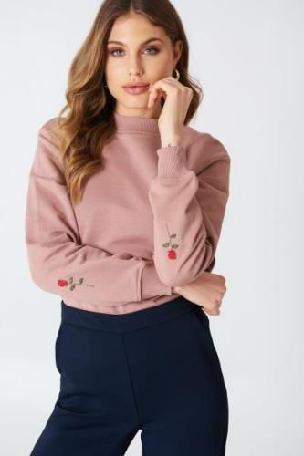 NA-KD Rose Elbow Embroidery Sweater - Pink